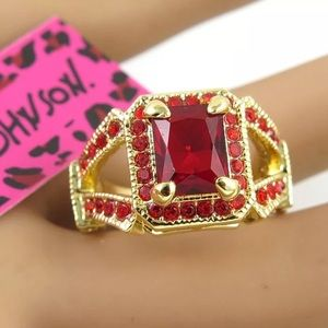 Betsey Johnson red ring